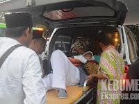 Karena Menderita Stroke, Satu Jamaah Haji Kebumen Menaiki Ambulance