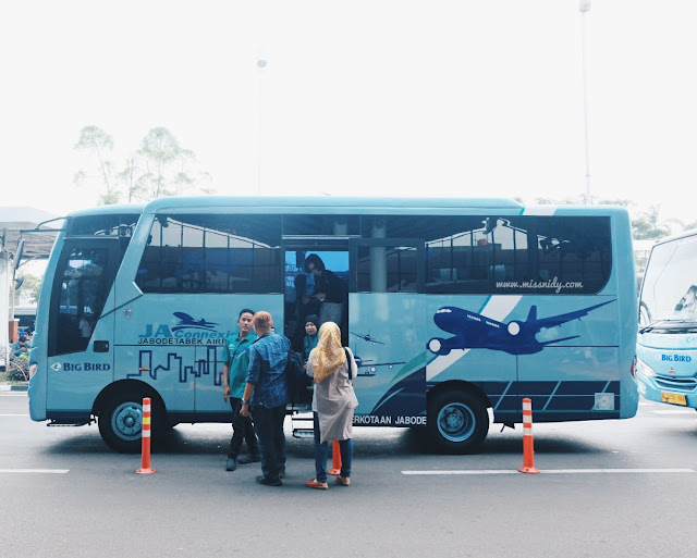 bus from soekarno-hatta airport to central jakarta