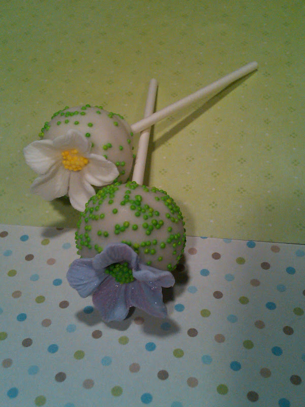 Easter Cakes Shipped