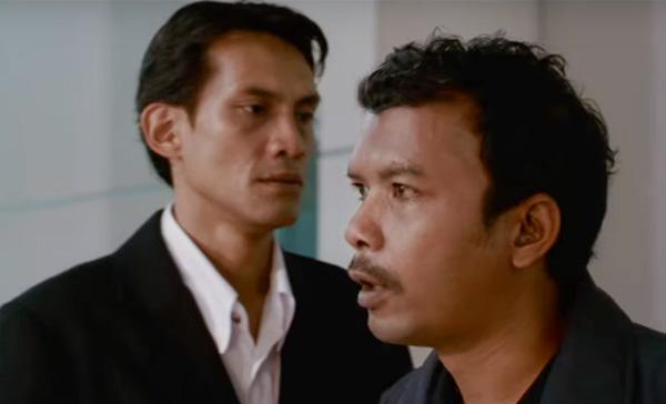 Faizal Hussein and Namron in DUKUN (2018)