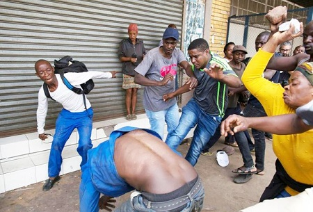 nigerian man stoned by south africans