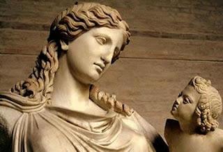 T.O. Κατερίνης: Ο ρόλος της Μητέρας σ΄ ένα Εθνικό κράτος