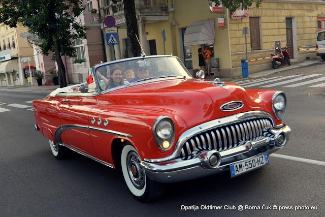 OPATIJA OLDTIMER TOUR @ besplatne vožnje oldtimerom od Opatije do Voloskog i natrag