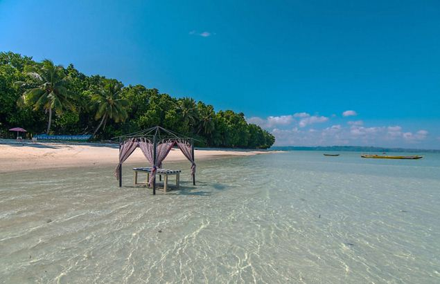 Eliphanta beach is is most visited beach in Andaman and nicobar Island.