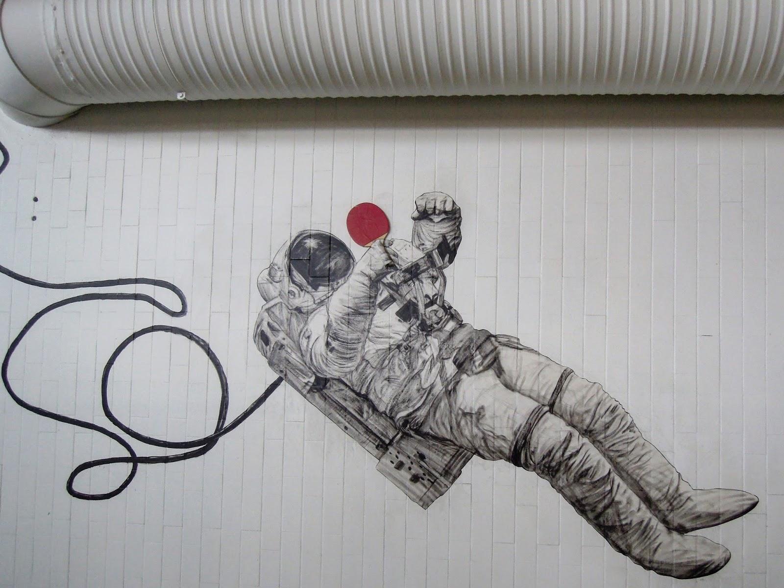art by levalet, quai 36, gare du nord, street art, art de rue, wildstreet
