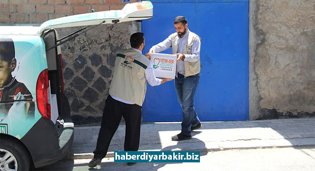 DIYARBAKIR-The orphanage and victim support association [Yetim-Der], continuing their services in Diyarbakır with charitable activities for orphans, did not forget the poor or needy orphan families during Ramadan.