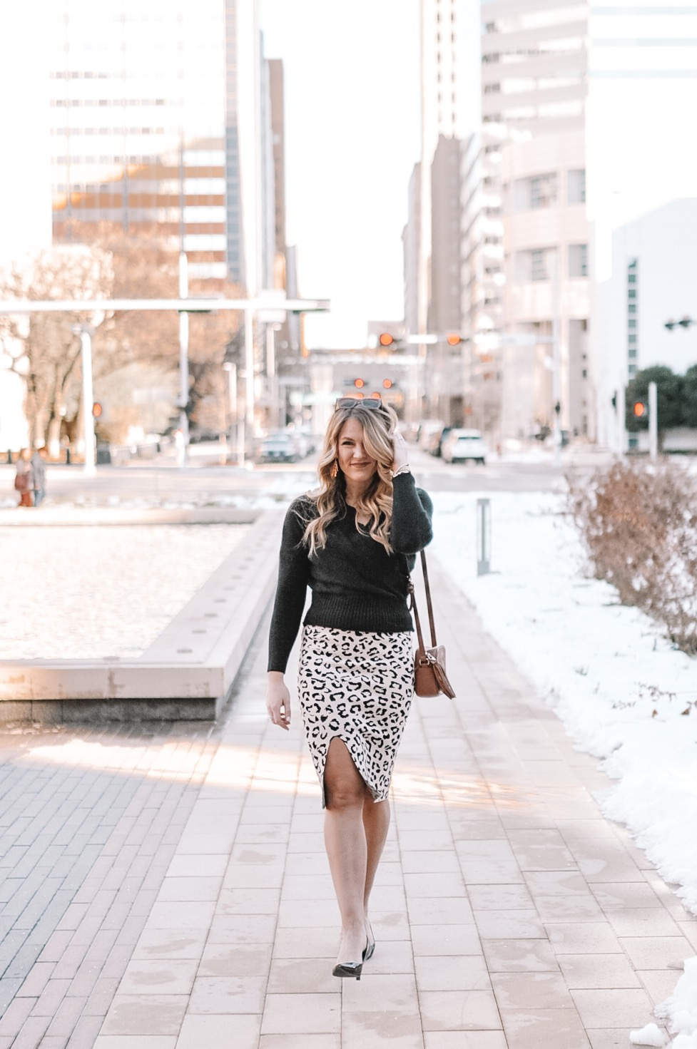 Oklahoma City blogger Amanda's OK sports a work week chic look with a little sass!