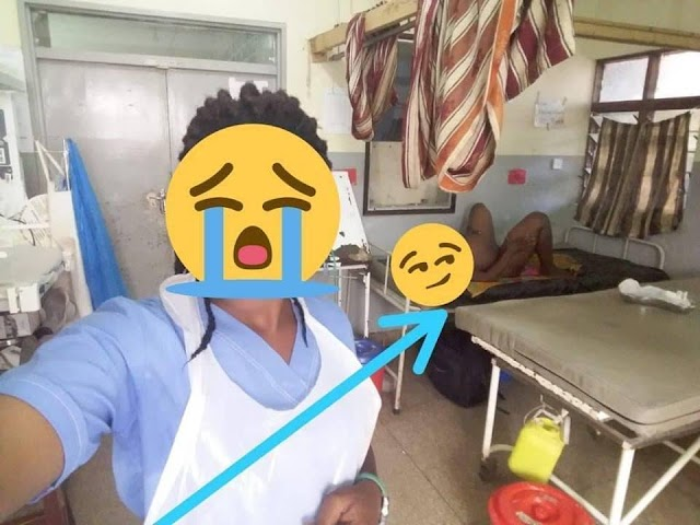 Nurse Under Fire After Taking Selfie With Unclad Pregnant Lady In The Background