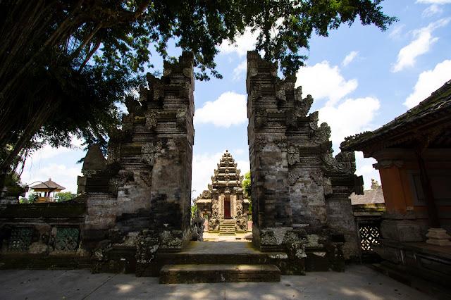 Porta Tempio Kehen-Bali