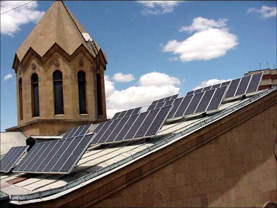Más de 300 estaciones de energía solar conectadas a la red eléctrica de Armenia