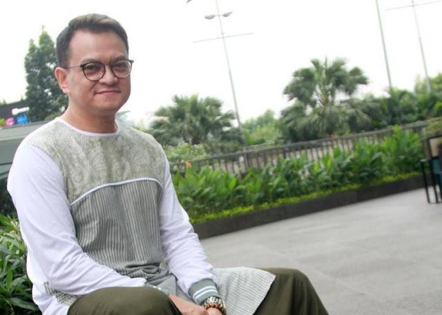 Hedi Yunus Ikhlaskan Sandal yang 10 Tahun Menemaninya Hilang saat Umrah