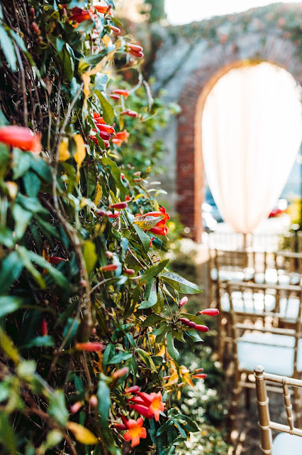 Atlanta Florist, Atlanta wedding, Bloomin' Bouquets, Florist, Summerour, outdoor wedding, Spring Wedding, wedding flowers, tulips, I Do Linens