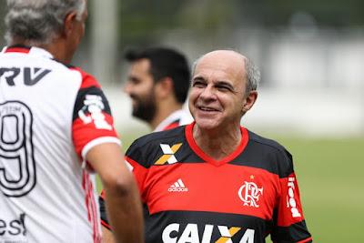 a6cd4d03c6 Bandeira nega problema financeiro e vê Flamengo em outro patamar