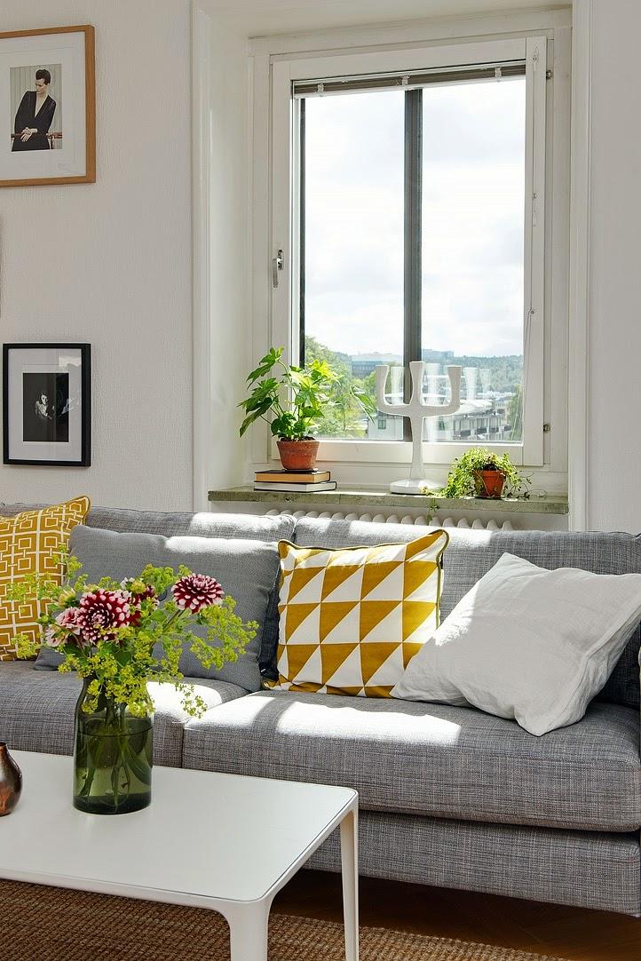 my scandinavian home a lovely light filled swedish apartment. Black Bedroom Furniture Sets. Home Design Ideas