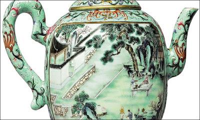 هل تصدق ان ابريق الشاى هذا يتخطى ثمنه 3.5 مليون دولار ! تعرف على قصته