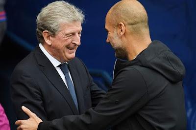 Roy Hodgson Bersalaman Dengan Pep Guardiola Saat Pertandingan Palace menahan City dengan hasil imbang 0-0 musim lalu - Judisessions