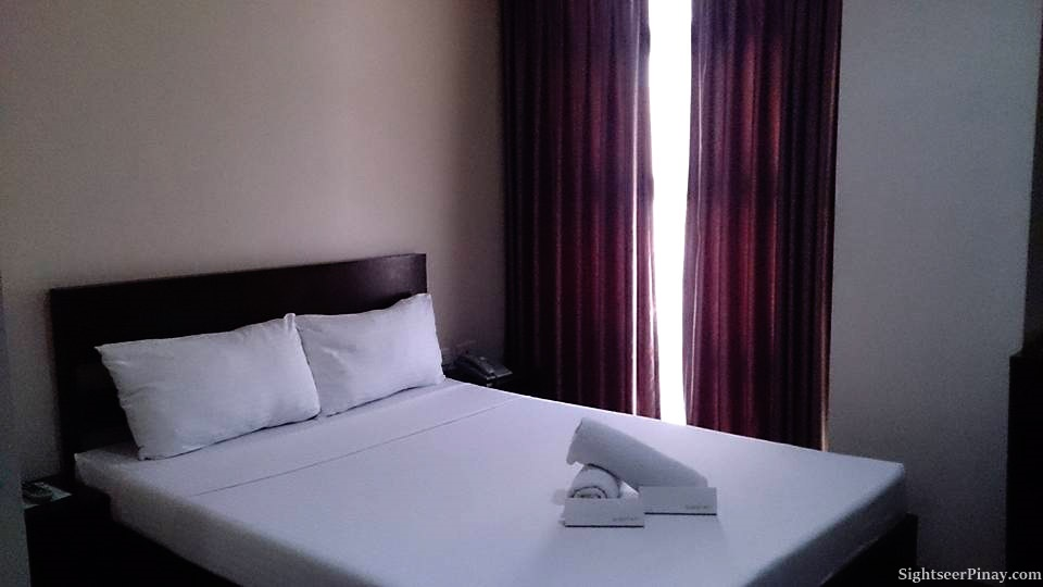 Emerald Suites CDO, Double-sized bed