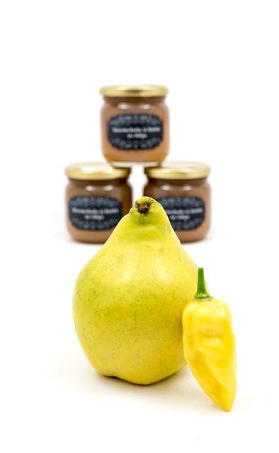 Marmelada iz kutin in čilija v sopredju kutina in čili habanero lemon