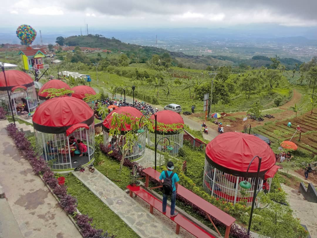7 Tempat Wisata Di Kabupaten Kuningan, Jawa Barat Yang Lagi ...