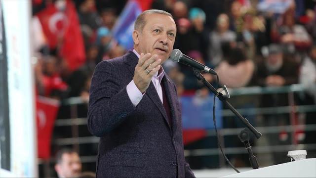 Presidente turco llama a Israel 'terrorista' y 'asesino de niños'