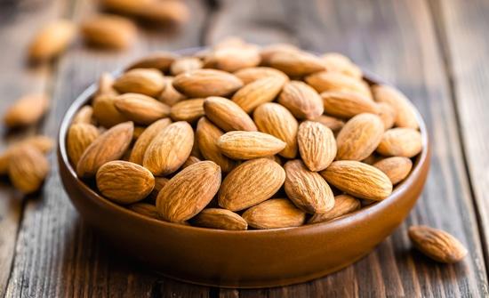 Manfaat Almond Dapat Mencegah Keriput