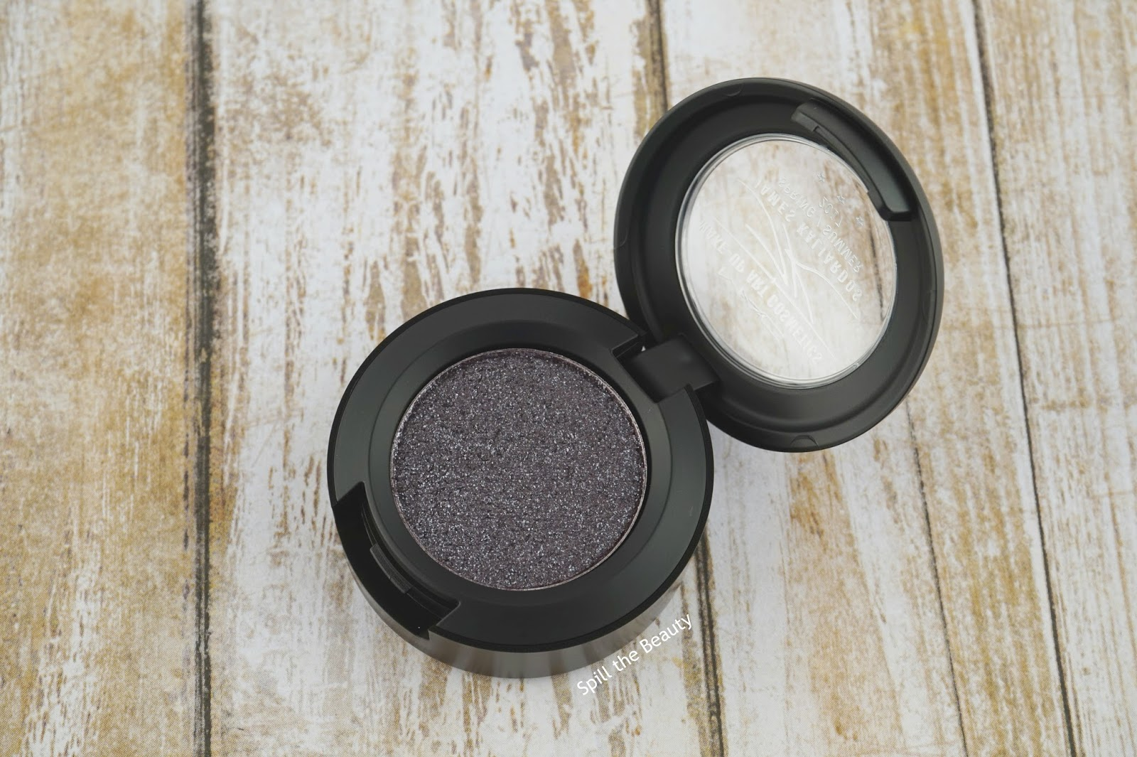 mac make-up art cosmetics james kaliardos black grape pressed pigment review swatches