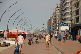 Zeedijk De Panne, Belgische kust: www.ontdekdepanne.be