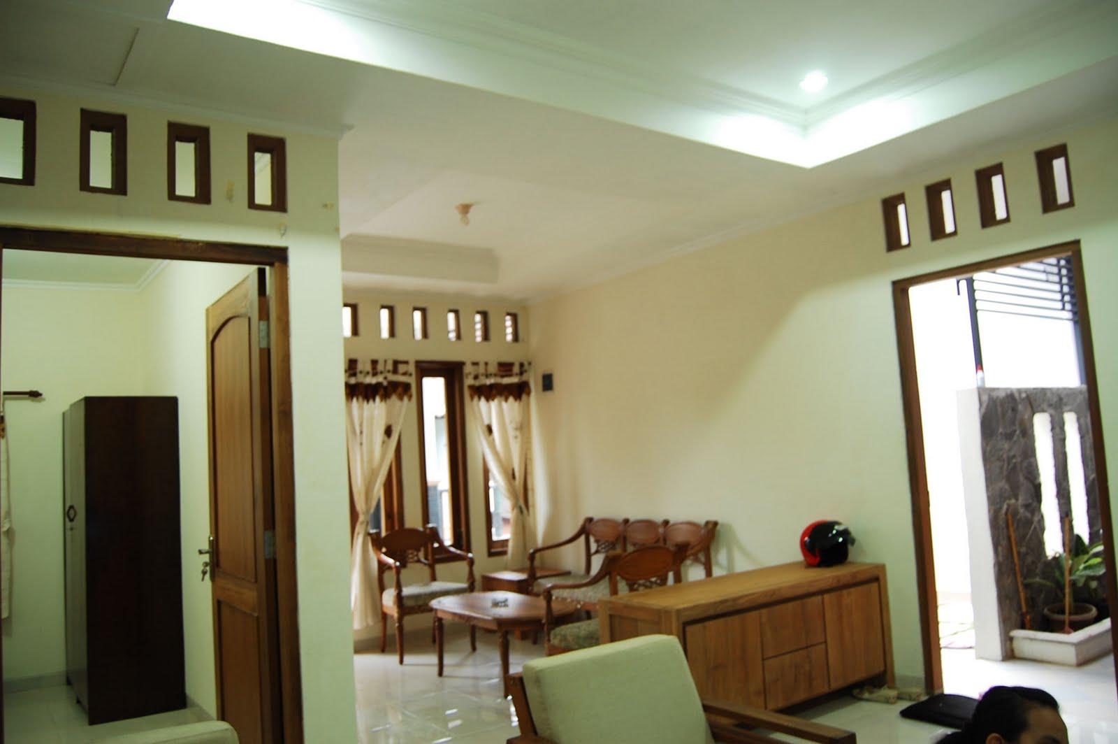 Ruang Tamu Sederhana Di Desa