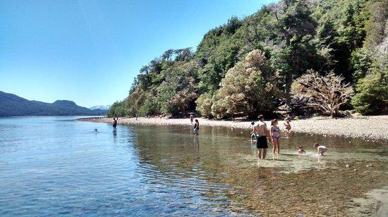 Como é a Praia Villa Tacul