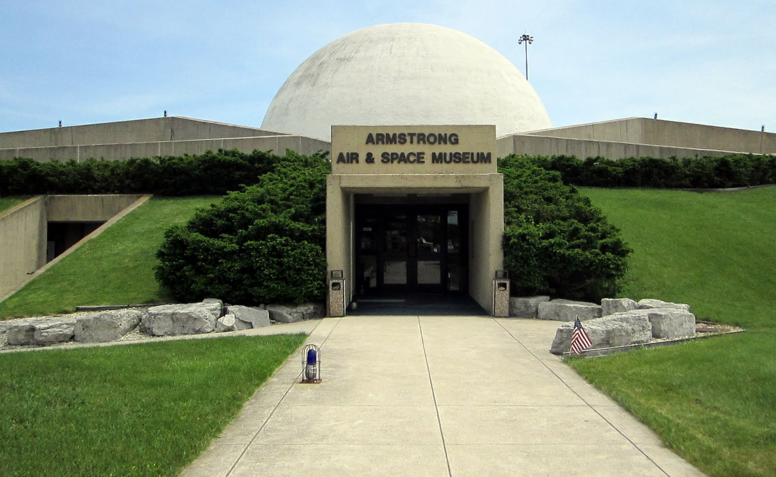 neil armstrong museum - HD1600×984