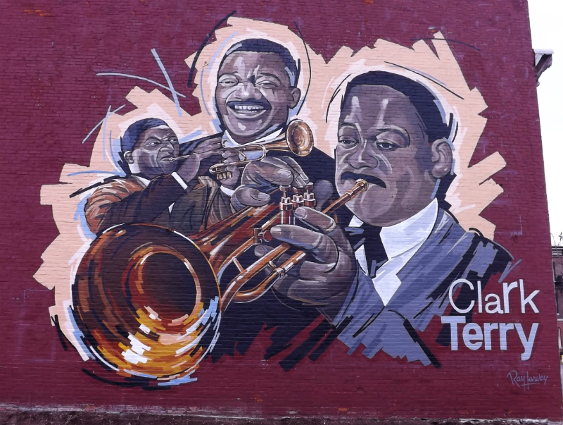 St louis jazz notes dedication ceremony for clark terry for Abercrombie mural