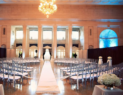 Wedding Ideas - How to keep your guests WOWed - Ceremony set up in a fashion runway style - Wedding ideas Blog by K'Mich, Philadelphia's premier resource for wedding planning and inspiration