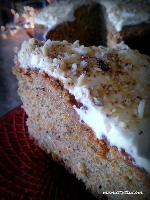 Mamatsita's delicious carrot cake/Vasilopita