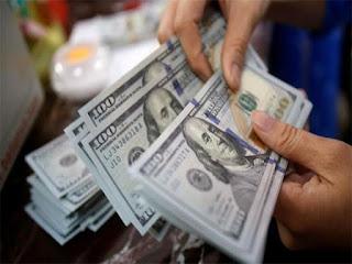 انخفاض سعر الدولار اليوم فى البنوك والصرافات والسوق السوداء محدث يومياً