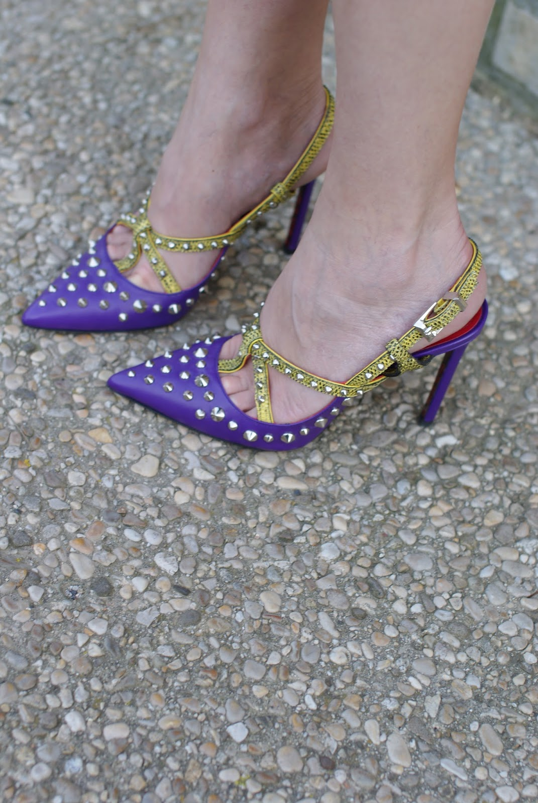 Cesare Paciotti slingbacks on Fashion and Cookies fashion blog, fashion blogger style