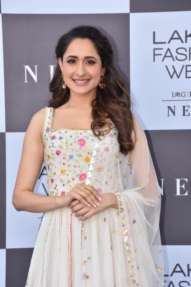 Beautiful Indian Girl Pragya Jaiswal In Sleeveless White Dress