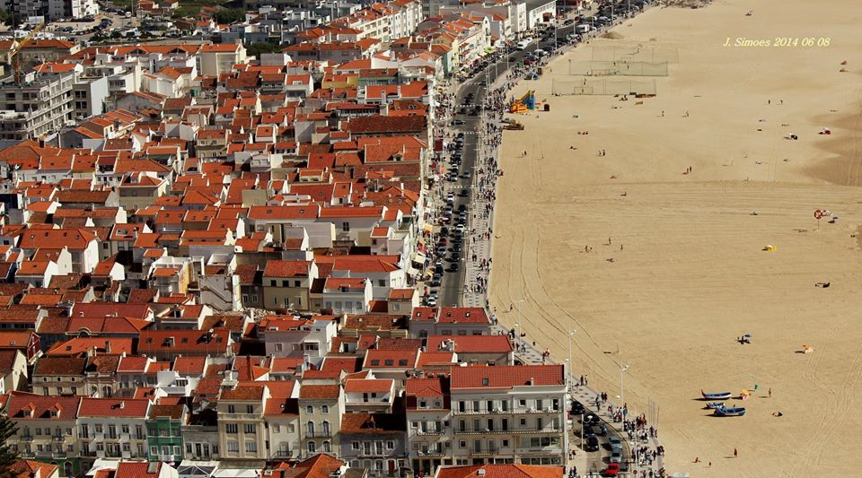 Partial view from Nazaré beach