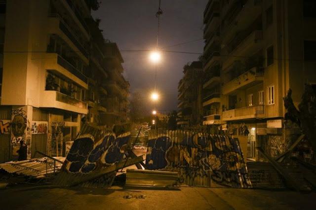 Τι συμβαίνει στα Εξάρχεια: Η εγκατάλειψη, τα συμφέροντα και η υποκρισία ΣΥΡΙΖΑ