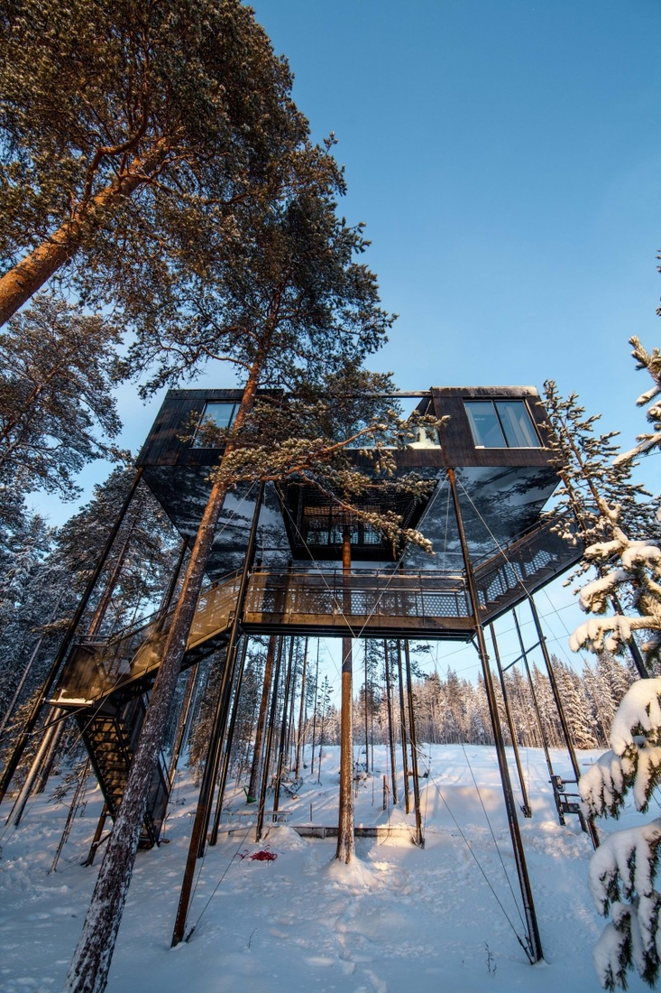 10-Snøhetta-The-7th-Room-Cabin-Architecture-on-Stilts-www-designstack-co