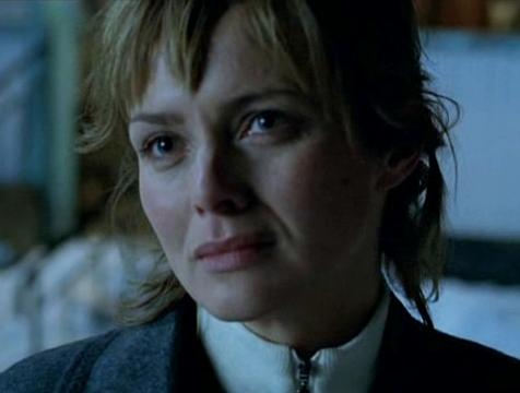 Rebecka Martinsson (Izabella Scorupco) en Aurora boreal - Cine de Escritor