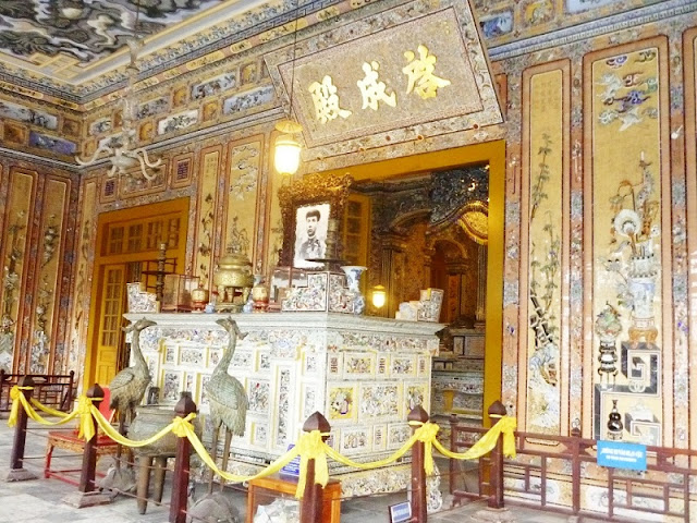 Guide to your one day fulfilled trip in Hue 1