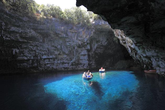 Melissani Cave, Pulau Kefalonia, Yunani
