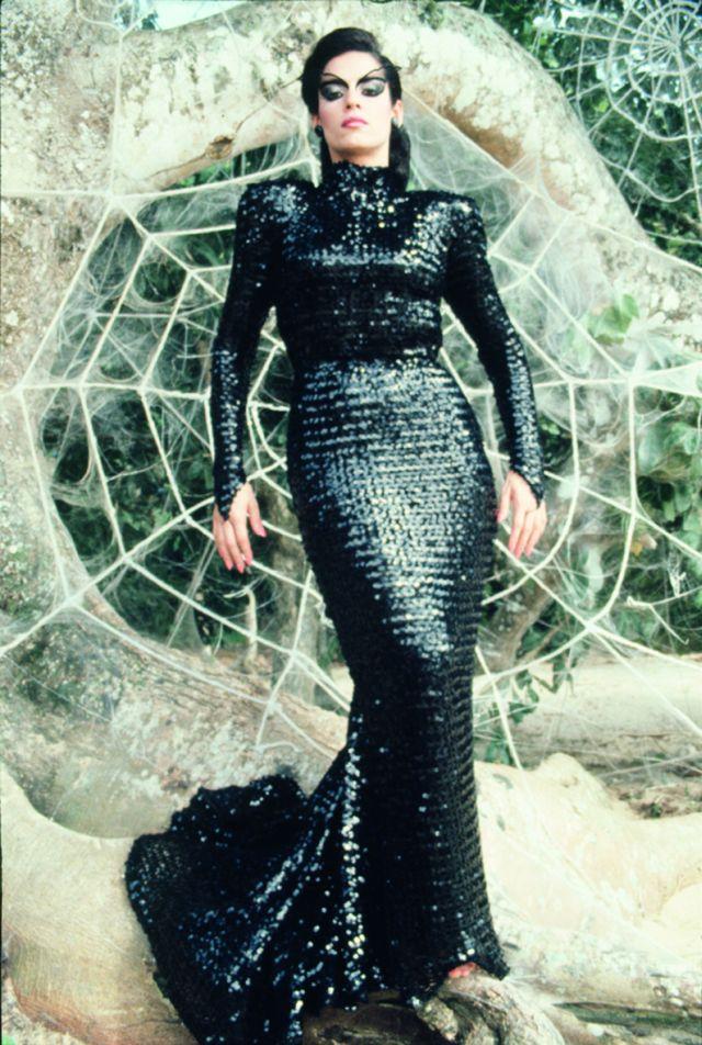 Kuss Der Spinnenfrau