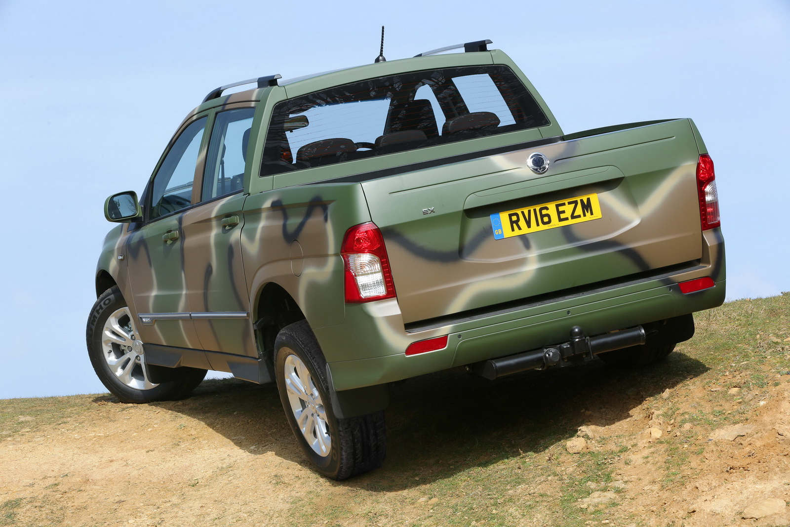 limited edition ssangyong korando sports dmz called for duty. Black Bedroom Furniture Sets. Home Design Ideas