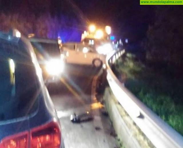 Colisionan dos vehículos en la Carretera de La Cumbre
