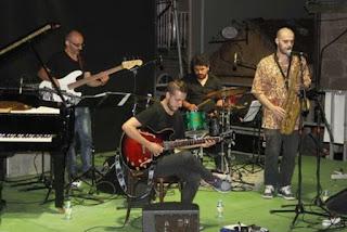 Calor y saxo en el Festival Internacional de Jazz de Cangas - España / stereojazz