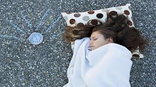 الأطباء يحددون فترة النوم المثالية