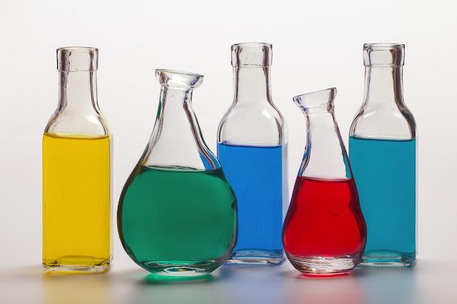 Aditivos alimentarios, alimentación, colorantes, espesantes, conservantes,  industria alimentaria, tartrazina, e102