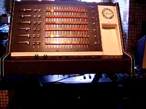 marco on the bass how the very first programmable drum machine changed the sound of reggae music. Black Bedroom Furniture Sets. Home Design Ideas