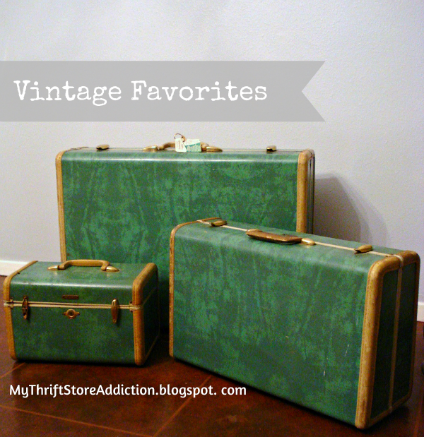 Vintage Charm 12  mythriftstoreaddiction.blogspot.com  $4 Yard Sale Samsonite Luggage